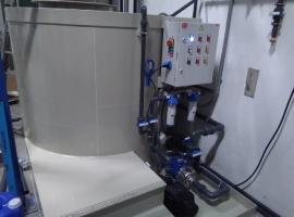 dodání recyklační nádrže odmašťovací lázně pro vysokotlaké mytí